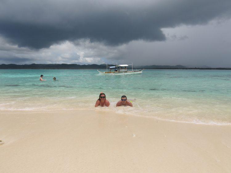 naked island siargao filipinas